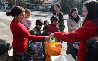 """Хуманитарна активност на учениците од СОУ Гимназија """"Добри Даскалов"""""""