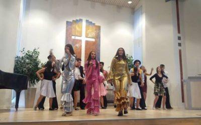 Гимназијалците со мјузиклот Dancing Queen гостуваа во Шведска