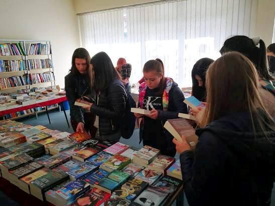 Клубот на читатели во посета на есенскиот  Саем на книгата