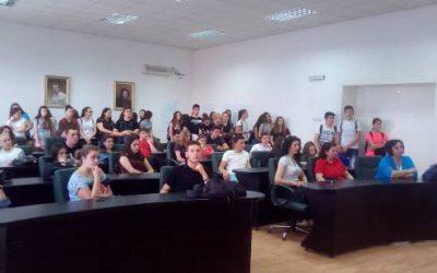 Ученици од III година во посета на ПС Кавадарци