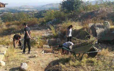 Ученици од нашето училиште во улога на археолози